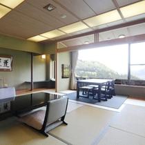 露天風呂付特別室【蓬莱】の和室(12.5畳)ご夕食は大切な方と最上のひとときをお過ごし下さい。