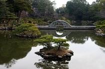 周辺観光地 名勝「縮景園」 徒歩約15分