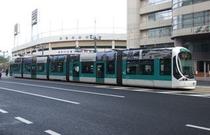 市内散策に便利な路面電車 市内線160円(白島線のみは110円)