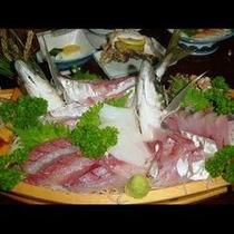 『旬魚の贅沢舟盛り』