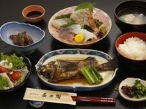 地魚をカジュアルに味わえるプランもご用意しております。