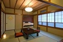 和室8畳+ベッドルーム7畳
