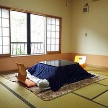 *【客室一例】3階にある檜の内風呂付き「錦の間」。ごゆっくりとお寛ぎください。
