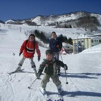 子供は天才スキーヤー