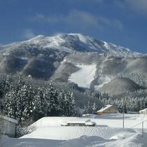 雪景色の鉢伏山