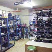 *【スキーレンタル】シューズやボード、スキーと種類も豊富!