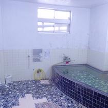 *【浴室】夏季期間中はシャワーでのご利用となります。