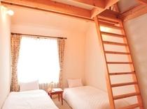 八ヶ岳を望むお部屋(バス・トイレ付き)