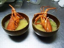 伊勢海老のお味噌汁です。