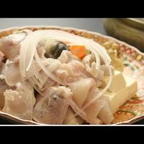 ふっくらした食感とほのかな甘みが織りなす『ふぐ鍋』で温まりましょう!