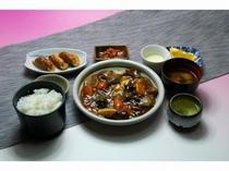 夕食一例 酢豚定食