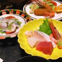 *【夕食一例】盛沢山の内容☆新鮮な海のもの、山のものを心をこめて調理しております