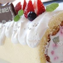 ミルク工房のバースデーロールケーキ ※写真はイメージです