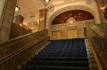 本館大階段