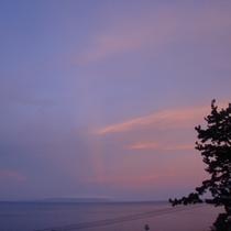 紫の夕焼け