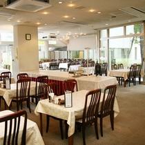 *【ターミナル棟】食堂/夕朝のお食事はこちらでご用意します。