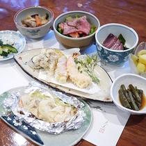 *夕食/季節を感じていただける家庭料理をご用意いたします。