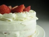 手作りのホールケーキ