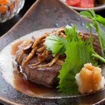 ■【ステーキ御膳】贅沢お肉に、パワー全開!