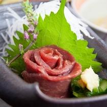 ■【懐石料理の一品】信州の郷土料理 馬刺し