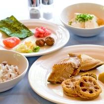 フュージョンレストラン「エクラ」料理イメージ