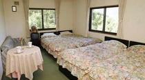 客室4〜5人部屋
