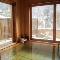 冬の貸切風呂