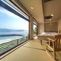 ◆大きな窓から、小湊の海を一望