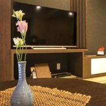 ◇50型液晶テレビ完備!