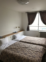 ツインルーム 約25平米の客室となります