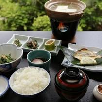 【ご朝食】