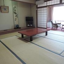 *【和室13畳】ご家族やグループに!落ち着いた雰囲気のお部屋です
