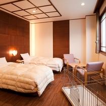【ワンちゃん洋室】ペット洋室には、ケージやペットと入れるシャワールームも付いています。