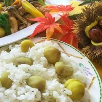 【2016年秋メニュー】栗ごはんと栗と鶏肉の中華風煮