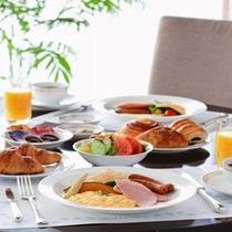 *朝食バイキング*