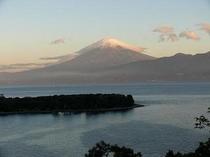 富士山 傘と夕焼け