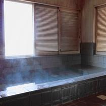 *【貸切温泉】かけ流し温泉にゆっくり浸かって日々の疲れを癒してください。