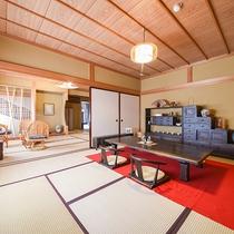 *【ロビー】畳敷きが心地よい空間でお出迎え