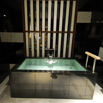 銀泉内風呂付き和洋室#203