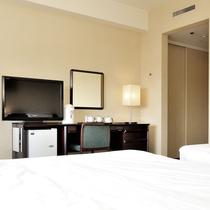 スーペリアツイン(9~12階)広さ:26平米 ベッド幅:200cm×110cm