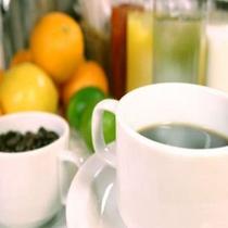 朝は一杯のコーヒーから