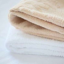 2名用客室は色違いのタオルで分けてます