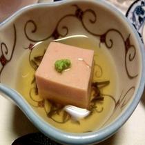 ■桜風味の「桜豆腐」一例