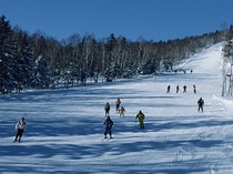 一の瀬スキー場までは、車で約40分。