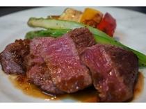 蓼科牛のステーキ