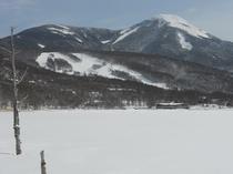 雪 女神湖