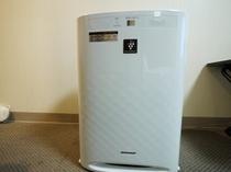SHARP製加湿空気清浄機は全室にございます!