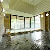 観月の湯 温泉に入りながら四季折々の景観を愛でる贅沢をご堪能下さい。