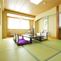 喧騒を忘れさせてくれる静寂の中に包まれた和風情緒溢れるお部屋。