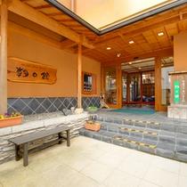 外観 伝統と歴史を刻む、信州の鎌倉・別所温泉。上信越の緑豊かな景観を眺めながら寛ぎの休日を・・・。